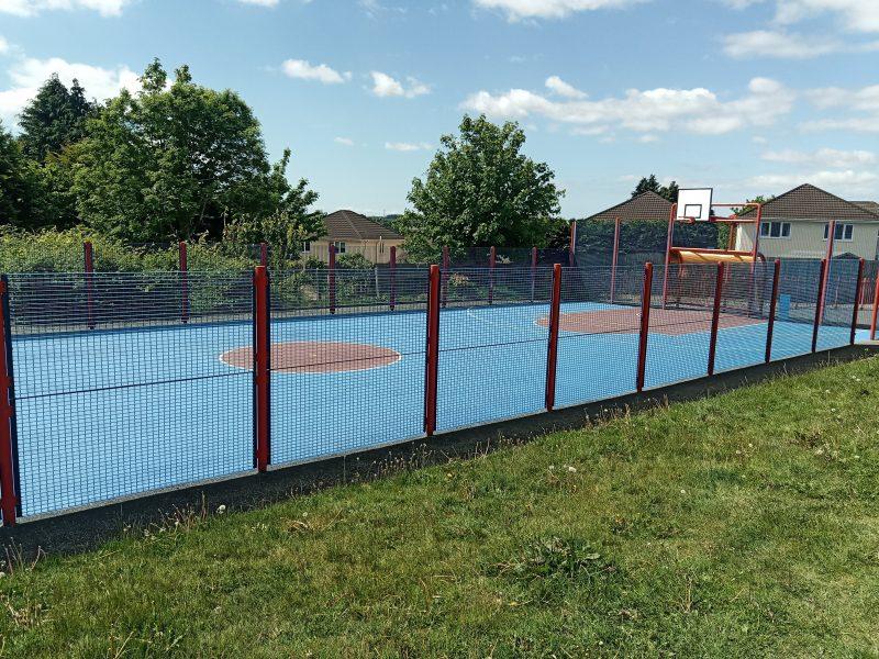 Bryn Amlwg play area